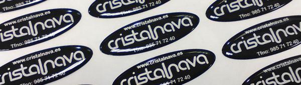 Disponibles poliester con diferentes adhesivos dependiendo de la superficie
